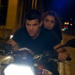 Nathan (Taylor Lautner) und Karen (Lily Collins)